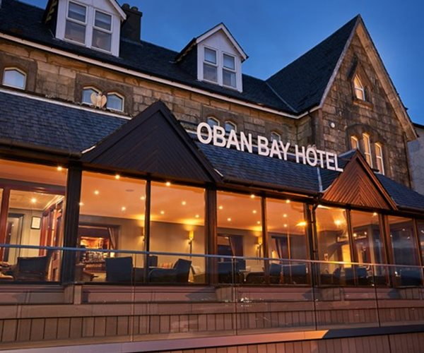 Oban Bay Hotel Exterior At Night